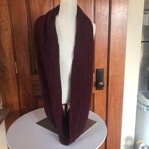 Madewell sweater knit infinity scarf burgundy